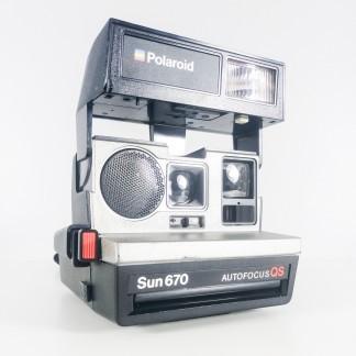 polaroid camera for sale @fabuleusecaverne.com