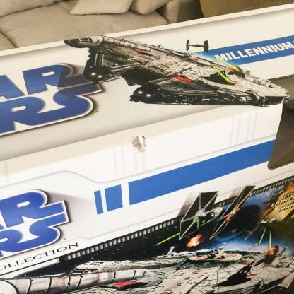 MILLENNIUM FALCON -Hasbro – Star Wars 2010 Legacy Collection