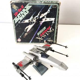 X-wing die-cast_Takara_japan_1978